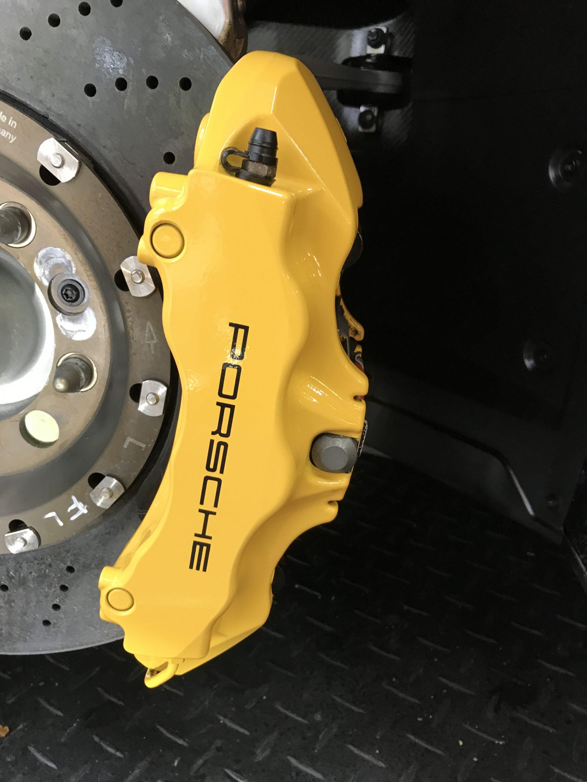 Porsche brake callipers detailing